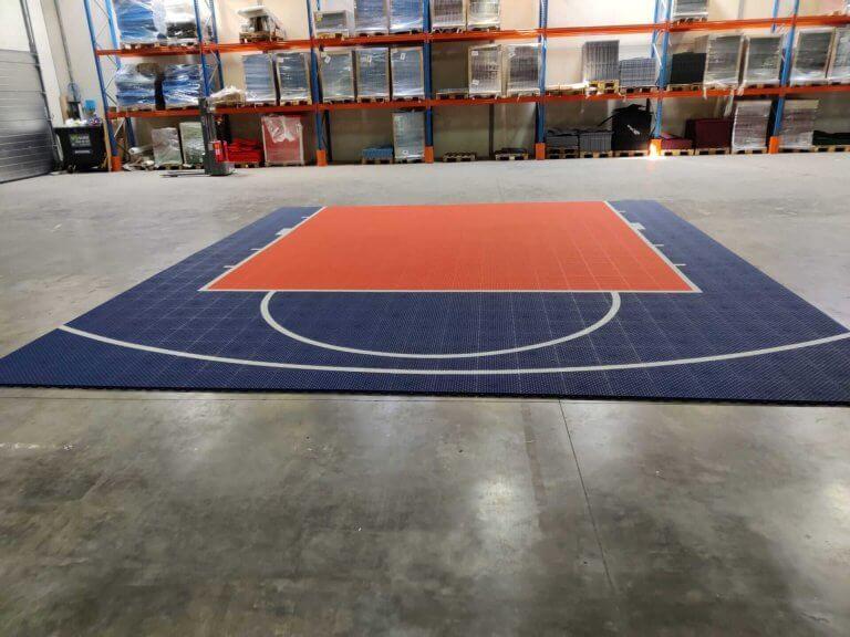 Installation d'un terrain de basket sur-mesure